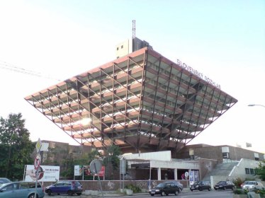 this-radio-building-in-bratislava-slovakia-took-16-years-to-build--mostly-because-its-basically-upside-down